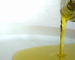 oil-liqiud-olive_21053785